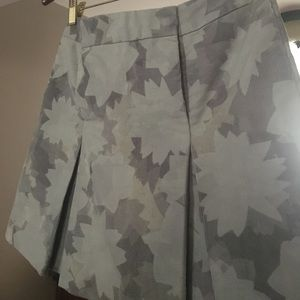 Pleated Club Monaco skirt colors grey
